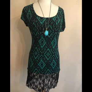Free Kisses Green and lacy black mini dress Med